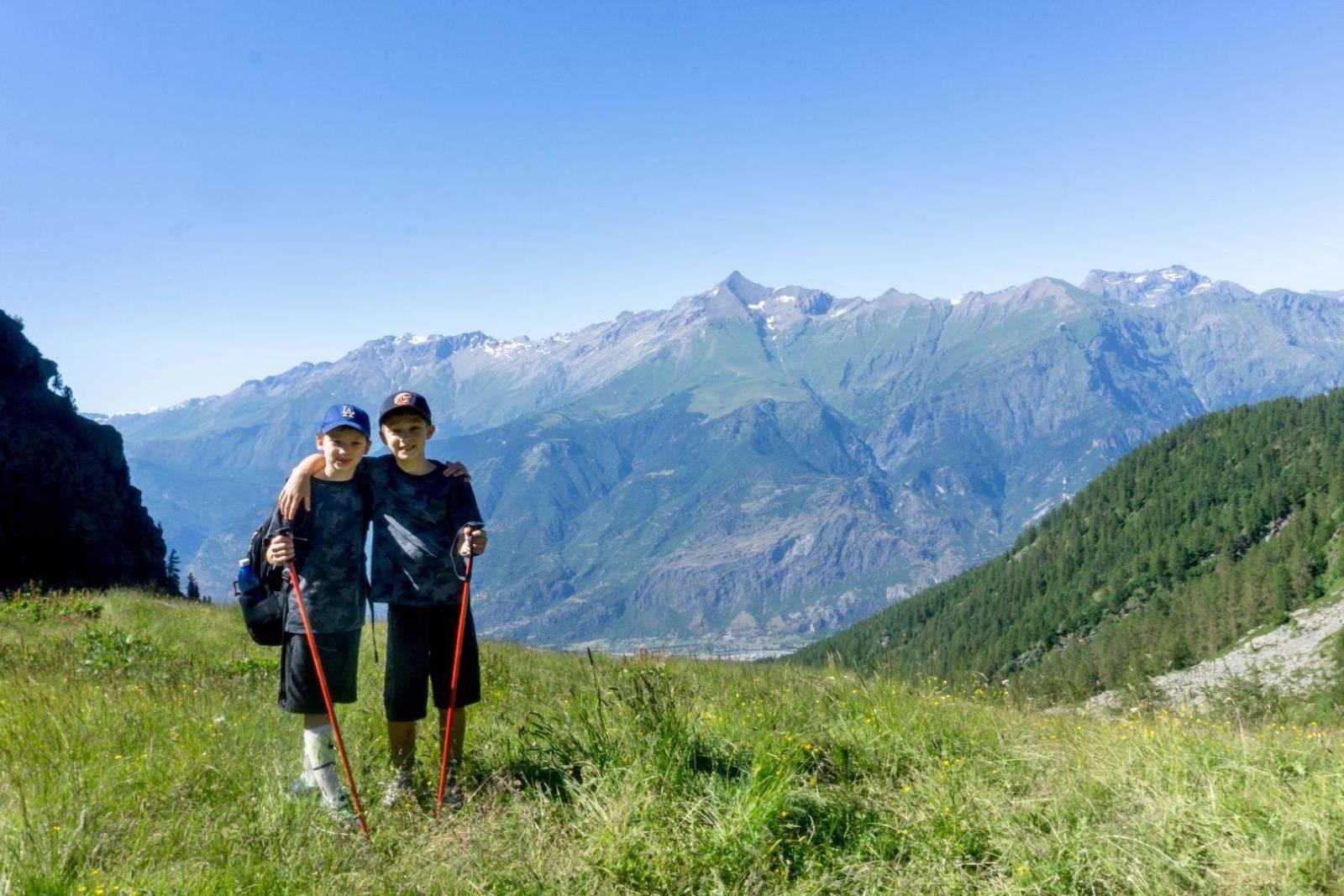 trekking per famiglie bimbi bambini montagna