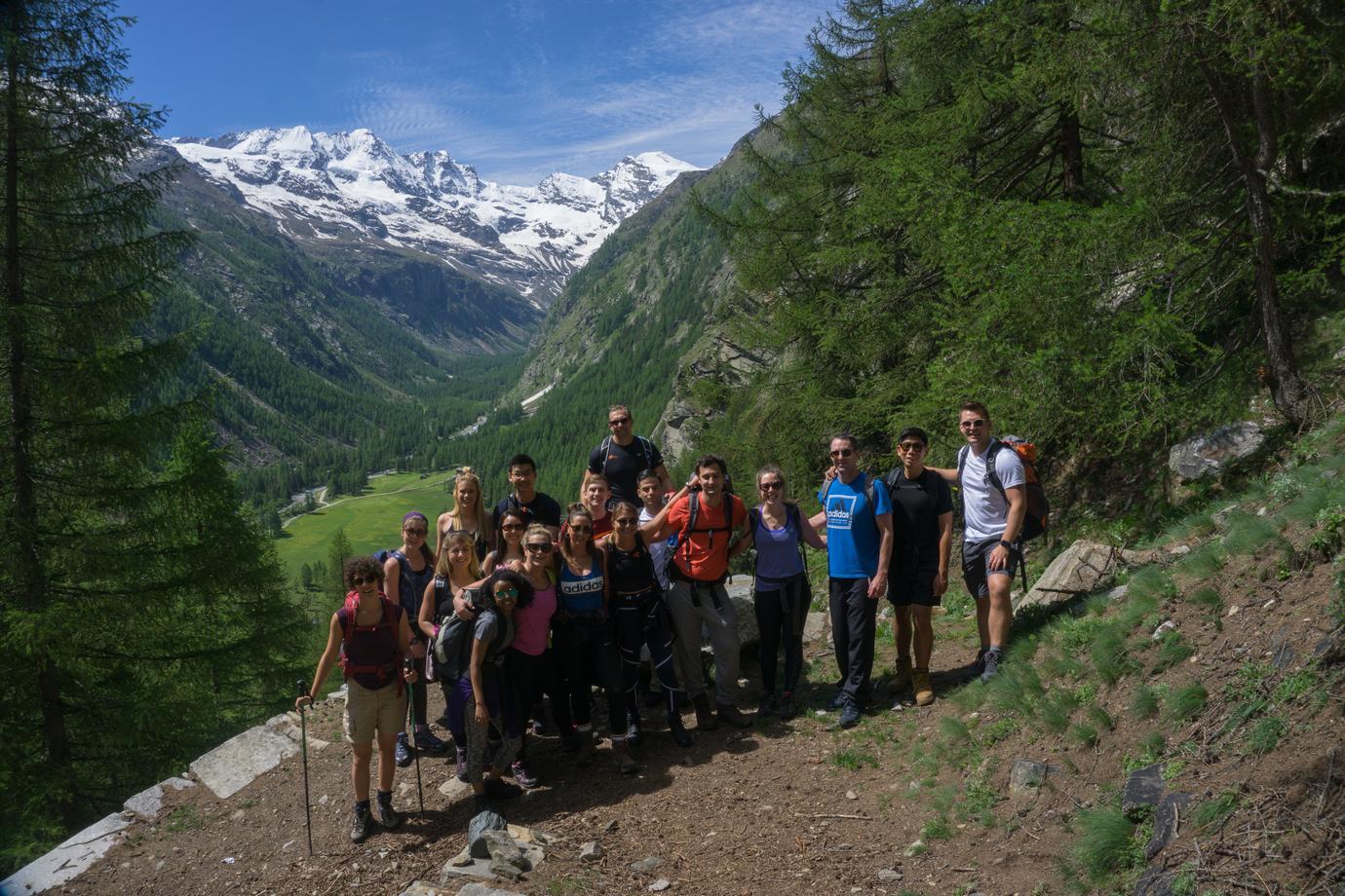 team building alpino gran paradiso cogne trekking alpi