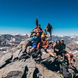 trekking alpi occidentali croce rossa escursioni camminate vette 3000 metri